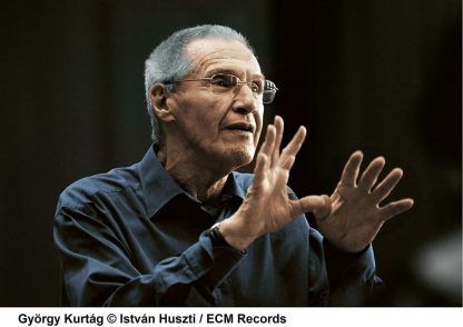 Photo No.3 of Kurtag: Moments Musicaux & Dvorak: String Quintet Op. 97